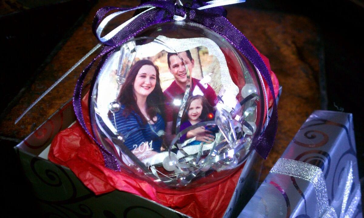 DIY Family Christmas Ornaments — JaMonkey