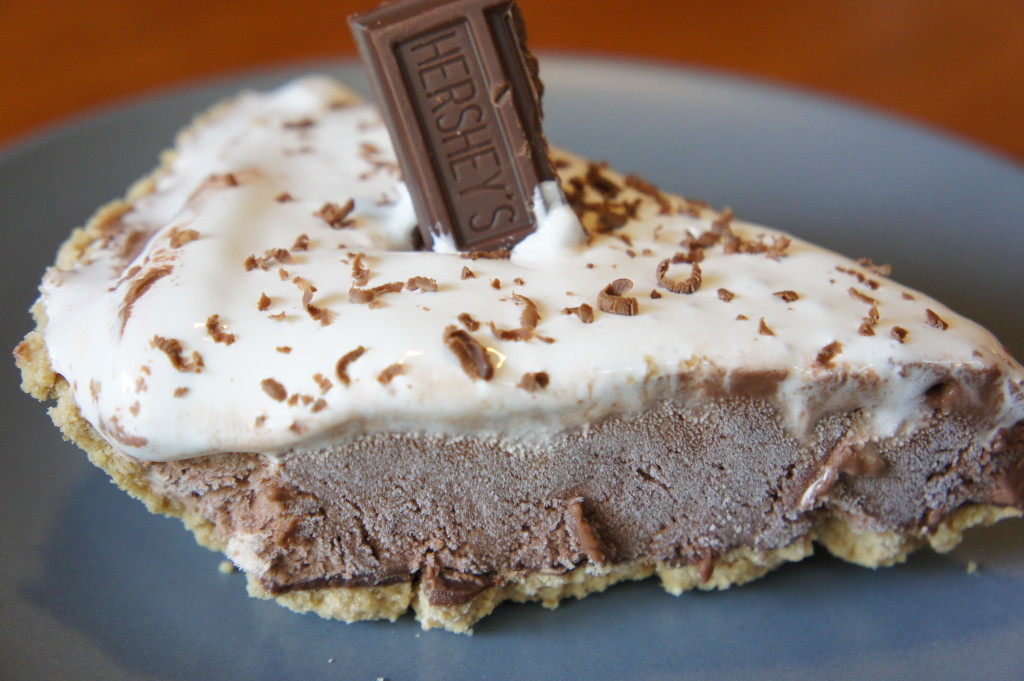 Easy S'Mores Ice Cream Pie Recipe — JaMonkey