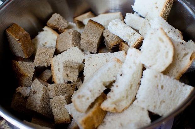 rye-bread-sausage-stuffing02