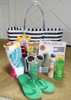 beach bag items out