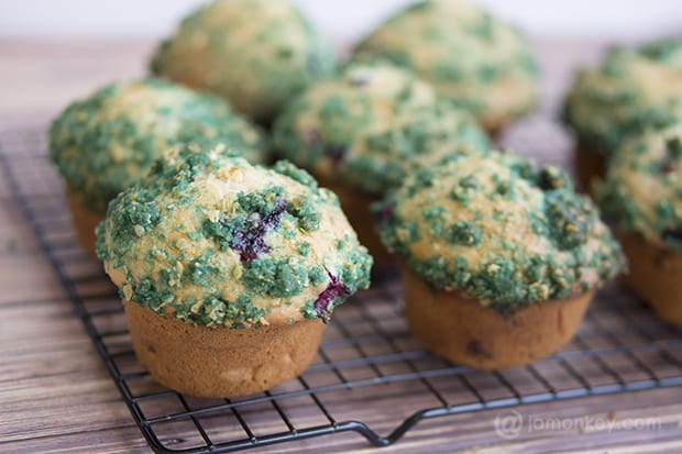 Mixed Berry Muffins - Streusel Topping