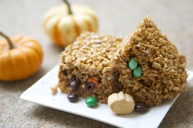 Pumpkin Spice Chocolate Surprise Rice Krispies Treats