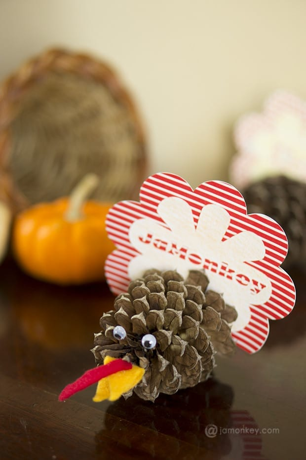 Pine cone turkey thanksgiving place cards jamonkey