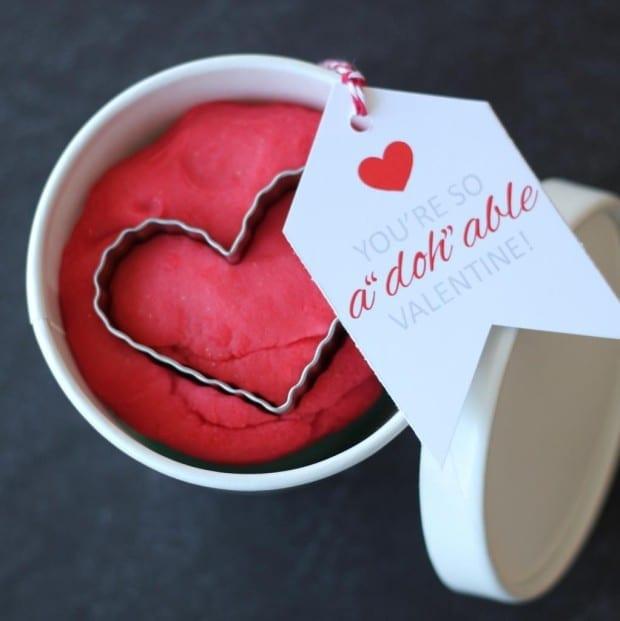 Adohable Playdough Valentines