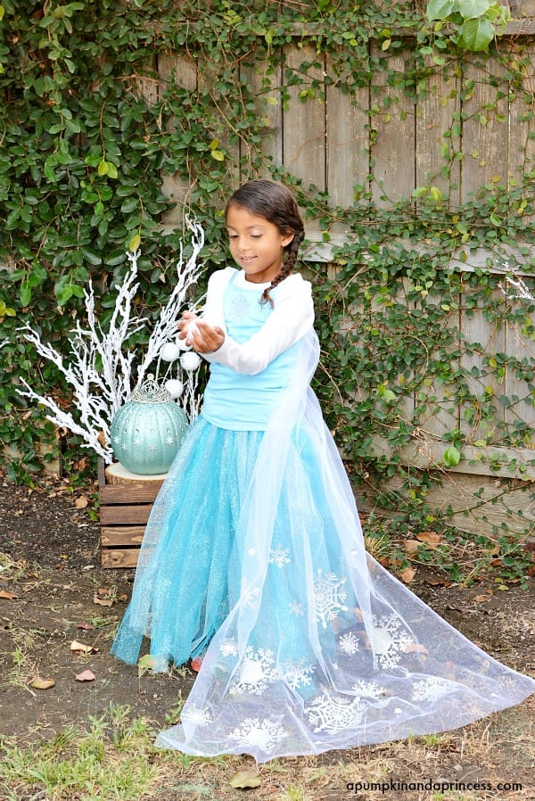 Diy disney princess costumes jamonkey diy disney frozen elsa costume solutioingenieria Choice Image