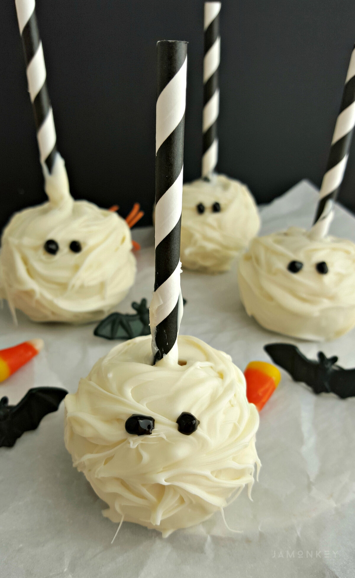 mummy cake pops | jamonkey