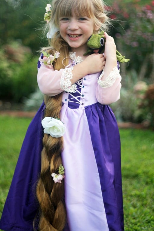 Diy disney princess costumes jamonkey rapunzel by andreas notebook diy rapunzel costume solutioingenieria Images