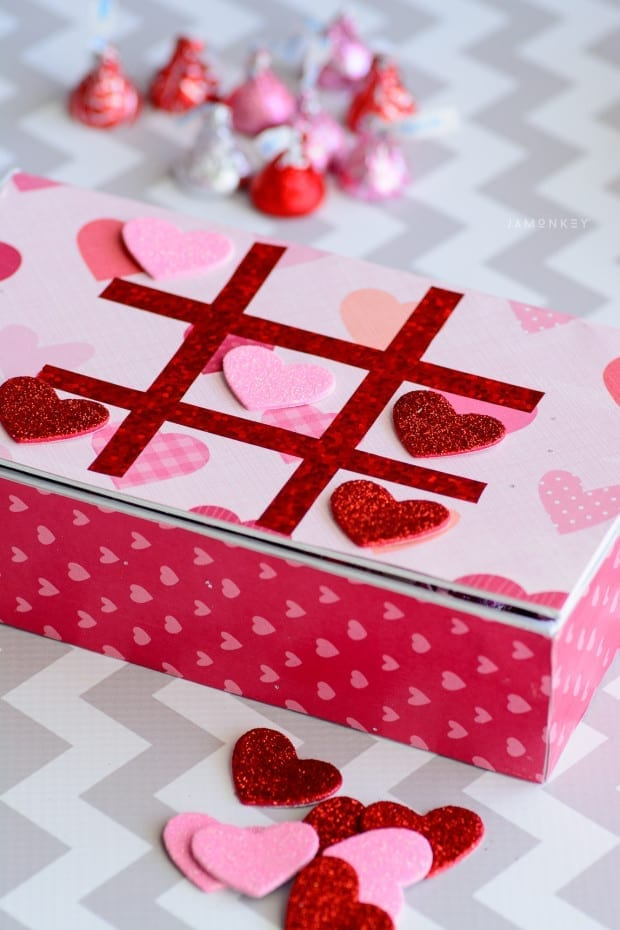 DIY Tic Tac Toe Game Box