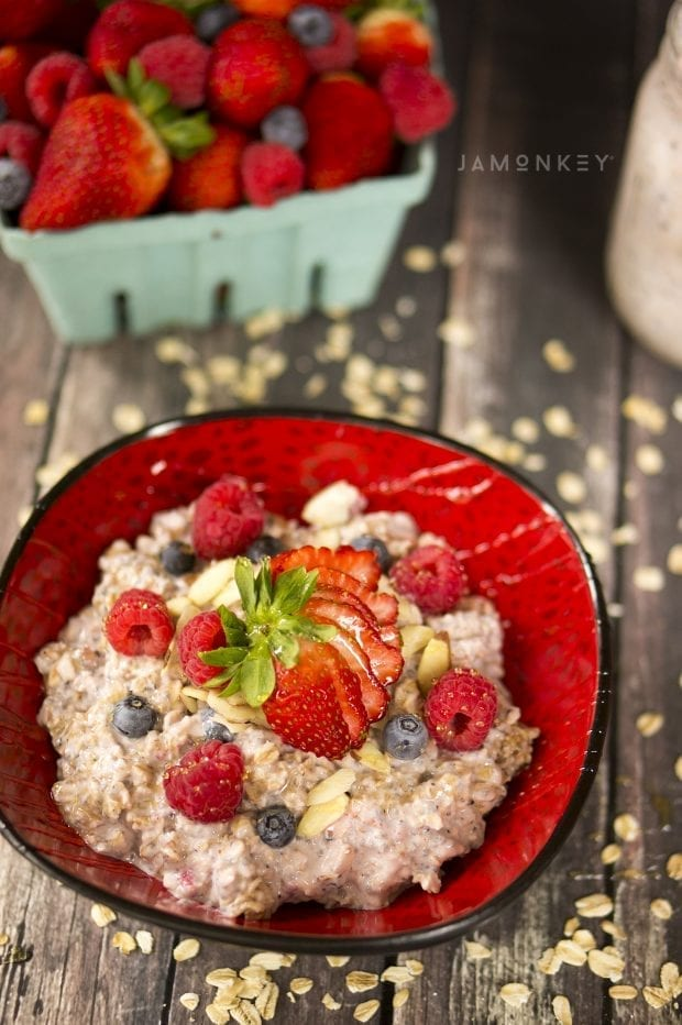 Very Berry Overnight Oats