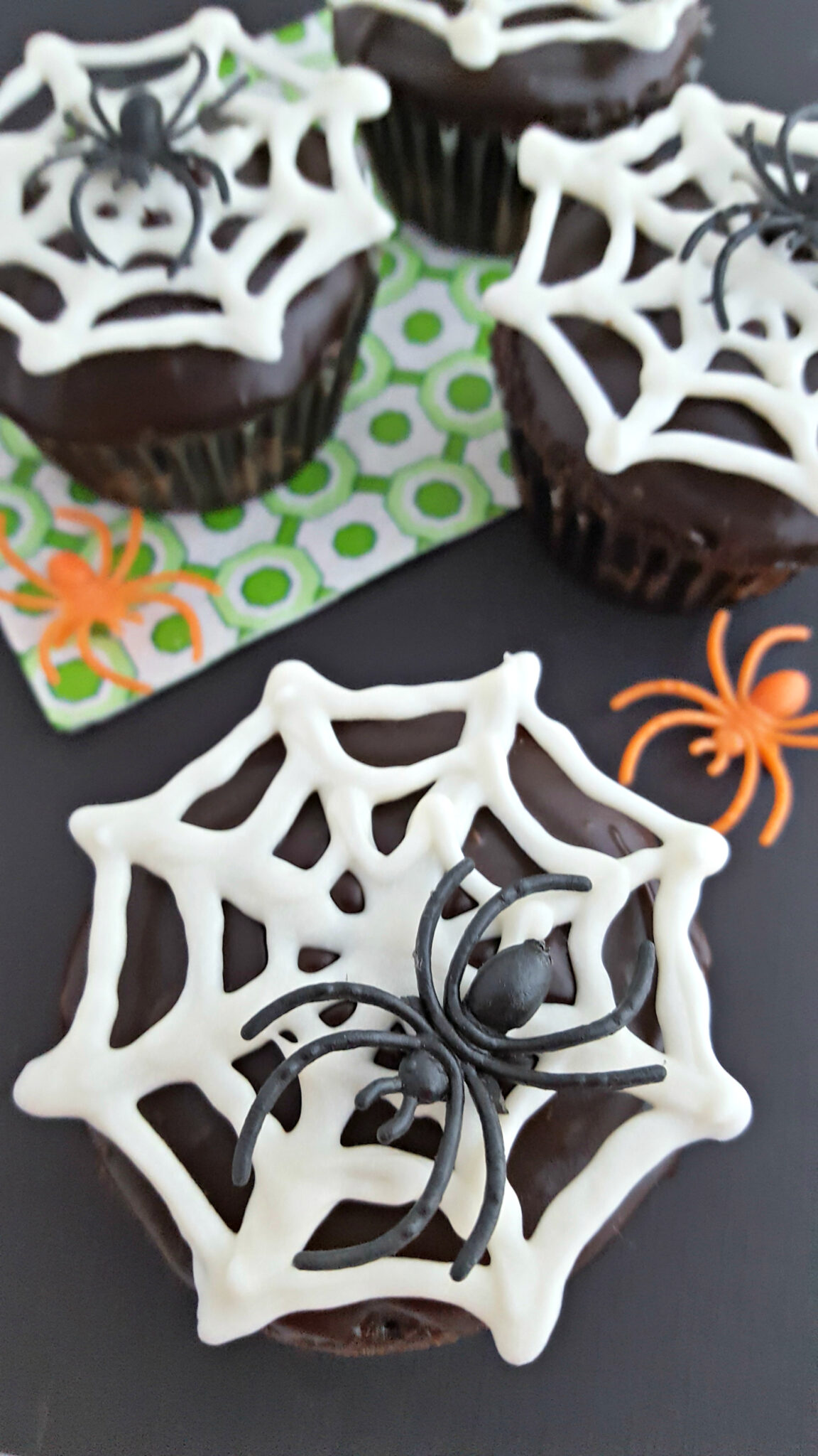 Chocolate Spider Cupcakes Free Template Download Jamonkey