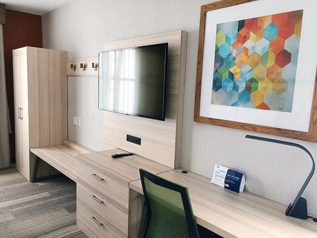 7 Reasons Your Kids Will Love Holiday Inn Express and Suites in Kissimmee