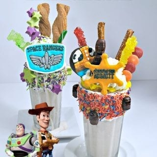 Buzz Lightyear and Woody Extreme Milkshakes