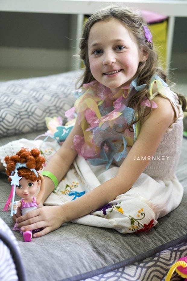 Fancy Nancy Toys - Ballerina - Colorful Boa