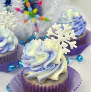 Sugar Plum Fairy Holiday Cupcakes
