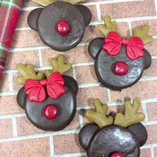 Reindeer Chocolate Dipped Oreos