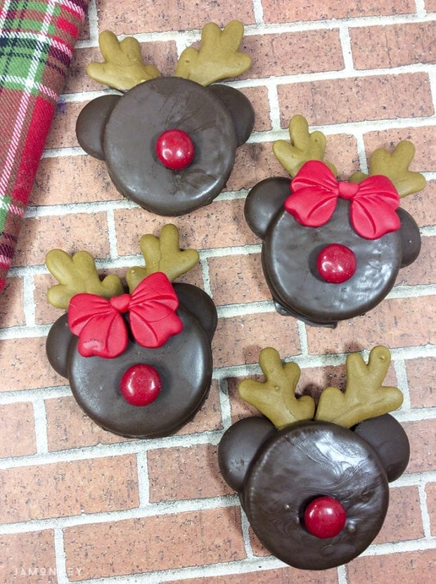 Reindeer Chocolate Dipped Oreos Cookies Jamonkey