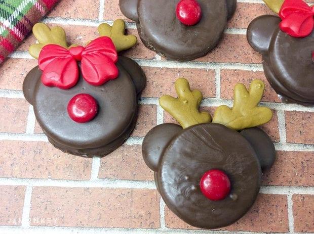 Reindeer Chocolate Dipped Oreos Cookies