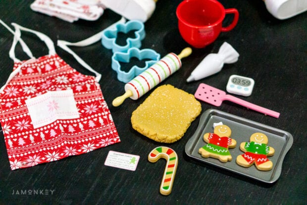 American Girl Holiday Cookie Decorating