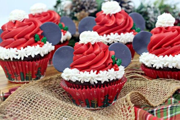 Santa Mickey Mouse Cupcakes