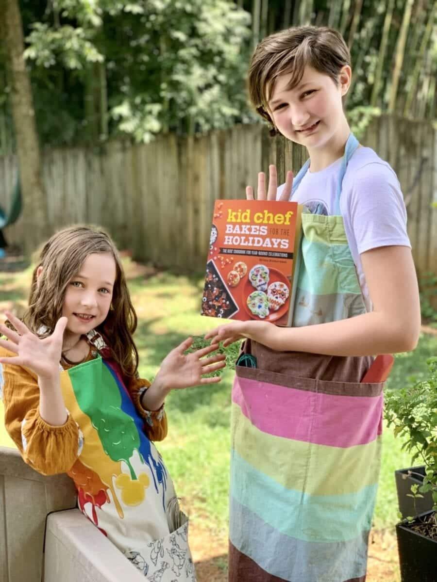 Kid Chef Bakes Holidays