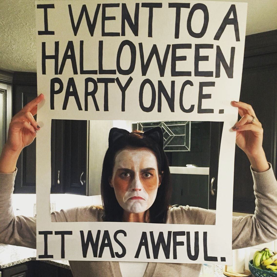 grumpy cat meme costume