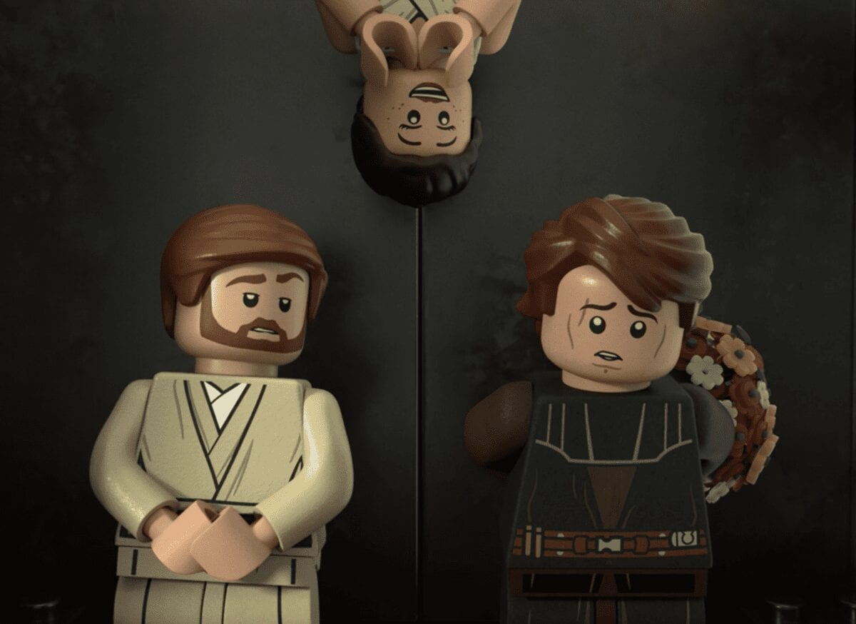 LEGO Rey pops in on Obiwan and Anakin in the elevator