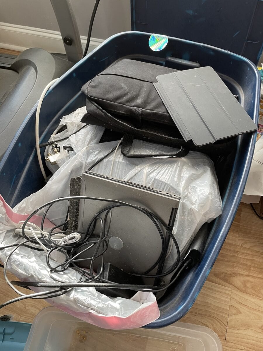 Old electronics that need to be recycled